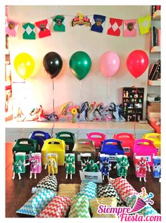 Increíbles ideas una fiesta de cumpleaños de los Power Rangers. Encuentra todos los artículos para tu fiesta en nuestra tienda en línea: http://www.siemprefiesta.com/fiestas-infantiles/ninos/articulos-power-rangers.html?utm_source=Pinterest&utm_medium=Pin&utm_campaign=PowerRangers
