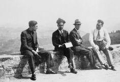 Cesare Pavese, Leone Ginzburg, Franco Antonicelli, Carlo Frassinelli, 1932