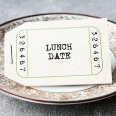 This free & printable love voucher booklet is a great gift for anniversaries!