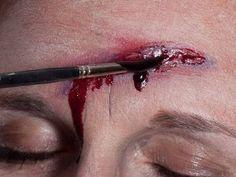 Halloween Narben und Wunden schminken - Spezial Effekt Wunde 4
