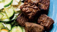 Ginger-Soy Steak with Pear-Cucumber Salad Recipe Steak Recipes, Potato Recipes, Cooking Recipes, Healthy Recipes, Pear Salad, Cucumber Salad, Beef Sirloin, Low Carb Dinner Recipes, Cooking Together
