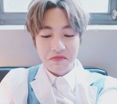 Ladies and gentleman, welcome to Huang's Family! Nct 127, Huang Renjun, Sky Aesthetic, Kpop, Meme Faces, Taeyong, My Sunshine, Boyfriend Material, Jaehyun