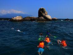 Snorkelling off Tioman Island. Malaysia Trip, Malaysia Travel, Tioman Island, Snorkelling, Once In A Lifetime, Southeast Asia, Adventure, Explore, World