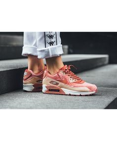 huge selection of 9bdd7 f8906 Nike Air Max 90 Womens Lx Dusty Peach Trainers Cheap Sale
