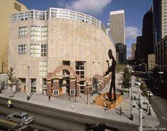 Venturi, Seattle Art Museum, 1991