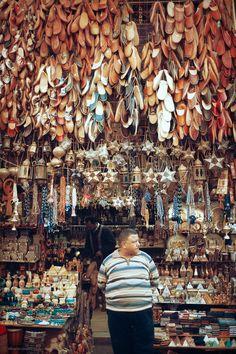 Bazaar . Cairo