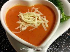 Domates Çorbası Tarifi -  http://1tarif.net/domates-corbasi-tarifi.html  Domates Çorbası Tarifi Domates çorbası, lezzetli besinlerden biridir. Bazen domatesle bazen de domates salçasıyla yapılabilmektedir. Genellikle kış mevsiminde tüketilse de yılın tüm mevsimlerinde yenilebilir. Bu çorbanın hazırlanışı, diğer çorbalara oranla çok daha kolaydır. Ayrıca domates çorbas...