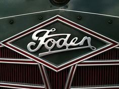 Chromeography - photos of emblems, badges, logos on cars & other objects Classic Trucks, Classic Cars, Car Logos, Buick Logo, Cars And Motorcycles, Cool Cars, Lettering, Badges, Vehicles