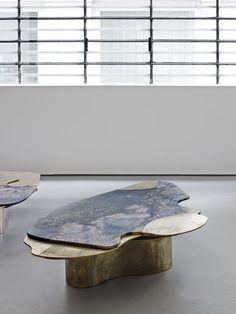 Les arts décoratifs Table DC1601A, Vincenzo de Cotiis