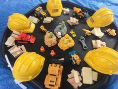 Construction Themed- Playdoh and Jenga Blocks Eyfs Activities, Nursery Activities, Preschool Activities, Construction Eyfs, Construction Area Early Years, People Who Help Us, Role Play Areas, Tuff Spot, Creative Area