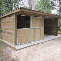Small Horse Barns, Building A Chicken Coop, Horse Stalls, Horse Farms, Animals And Pets, Sheep, Goats, Outdoor Structures, Horses