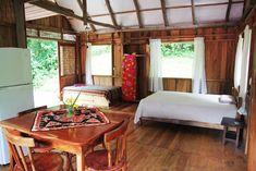 Échale un vistazo a este increíble alojamiento de Airbnb: Yogic Jungle Casita4 Close to Ocean - Bungalows en alquiler en Nosara