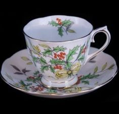Royal Albert - Holly Flower of the month ribbons and bows