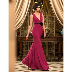 vestido de noche trompeta / sirena v-cuello hasta los pies de terciopelo (759998) – USD $ 129.99