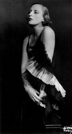 """Tamara de Limpicka"" - Madame d'Ora (1929)"