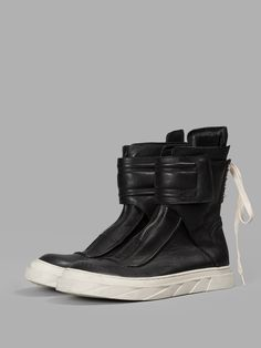 D. GNAK BY KANG. D BLACK BACK LACED HIGH TOP SNEAKERS