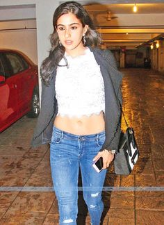 Sara Ali Khan hot and sexy pics are a treat to watch, so we compiled near nude and hot photos of Sara Ali Khan in bikini, saree, jeans, and from her hot photoshoots. Check out Sara Ali Khan hot images here Bollywood Saree, Bollywood Fashion, Indian Film Actress, Indian Actresses, Celebrity Outfits, Celebrity Style, Tv Actress Images, Zarine Khan, Indian Navel