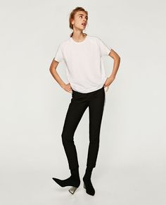 ZARA - COLLECTION AW/17 - T-SHIRT WITH FAUX PEARLS ON SHOULDERS