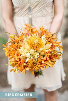 Biedermeier styled bouquet: http://www.stylemepretty.com/2015/05/03/wedding-bouquet-styles-101/