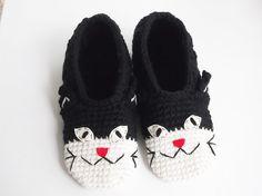 Kitten Cat Crochet Home Slippers Women Slippers House by dudush