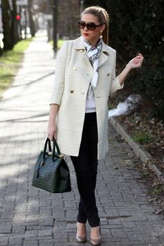 35 Classy Casual Outfit Ideas for Women This Year - Women Fashion Trends Classy Winter Outfits, Classy Work Outfits, Classy Casual, Winter Outfits For Work, Casual Summer, Classy Ideas, Smart Casual, Chic Outfits, Summer Outfits