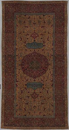 Iran first half 16th century - The Anhalt Medallion Carpet