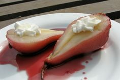 A delicious dessert originating in Australia. This is both sweet and tangy. Sure to impress, hope you enjoy!