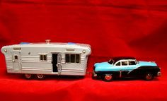 icollect247.com Online Vintage Antiques and Collectables - Toy friction drive car and 7469 japan Toys-Tin Vintage Robots, Vintage Toys, Antique Toys, Vintage Antiques, 1950s Toys, Retro Rocket, Vintage Campers, Selling Antiques, Diecast Model Cars