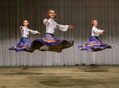 Twist. Another kind of floating. Ukrainian Cossack Dancers   WOW !!!!! looks like they are spinning tops floating in the air.