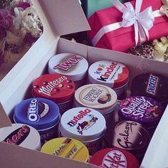 nutella, chocolate, and oreo image Dairy Milk Chocolate, Chocolate Gifts, Chocolate Lovers, Chocolate Recipes, Nutella Chocolate, Christmas Chocolate, Chocolate Tumblr, Cute Food, Starbucks Recipes