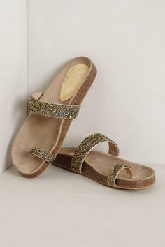 Anthropologie Sueno Sandals - a prettier alternative to the birkenstock
