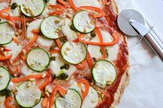 Ik maakte een koolhydraat-arme pizza van amandelmeel. Ja, in essentie een pizzabodem van noten, dus. En die was een partij lekker!