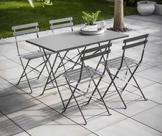 The Rive Droite Rectangular Bistro Set is the perfect outdoor furniture set for lazy lunches and evening parties Outdoor Tables And Chairs, Garden Table And Chairs, Garden Furniture, Outdoor Furniture Sets, Outdoor Decor, Furniture Design, Aluminum Patio, Bistro Set, Chile