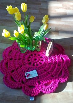 Happy Easter! Happy Easter, Crochet Necklace, Paris, Rugs, Collection, Design, Crafts, Happy Easter Day, Crochet Collar