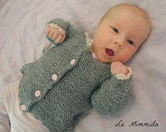 La Mimmiita: Samikset - eli vauvan helppo villatakki (+ohje) Baby Knitting Patterns, Little People, Fun Projects, Knit Crochet, Hair Beauty, Sewing, Tees, Crafts, Baby Blankets