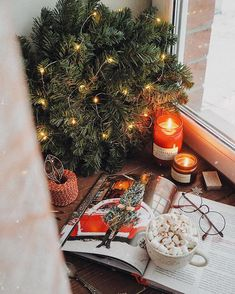 Mary Christmas, Christmas Mood, Merry Christmas And Happy New Year, Christmas Is Coming, Christmas Photos, Xmas, Christmas Flatlay, Christmas Aesthetic, Holiday Mood