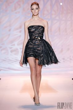 Zuhair Murad Fall-winter 2014-2015, official pictures - Couture - http://www.flip-zone.net/fashion/couture-1/fashion-houses/zuhair-murad-4826
