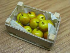 3 x 1,8 cm Fra Delph Miniatures