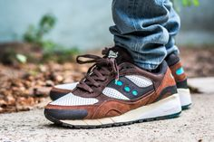 Click to see my video review of the Saucony Shadow 6000 Freshwater and find out where to buy a pair yourself