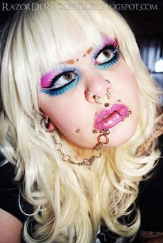 World of makeup. Freaky Styley, Corporate Goth, Barbie Makeup, Bright Makeup, Metal Girl, Cybergoth, Goth Girls, Makeup Inspiration, Piercings