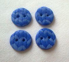 """,,Štrikovaný"""" FIMO gombík - Modrý FIMO/Cernit/polymer clay craft"""