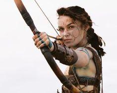 Guinevere from King Arthur - Keira Knightley Warrior Girl, Fantasy Warrior, Warrior Princess, Warrior Women, Artemis, Archery Girl, Celtic Warriors, Keira Knightley, Action Poses