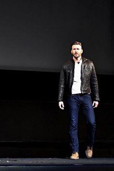 Chris Evans at #MarvelEvent (October 28, 2014).