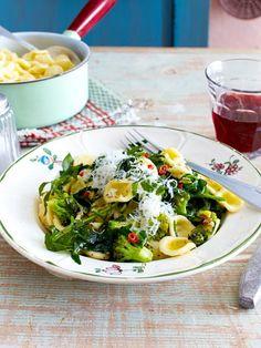 Orecchiette mit Brokkoli und Rucola