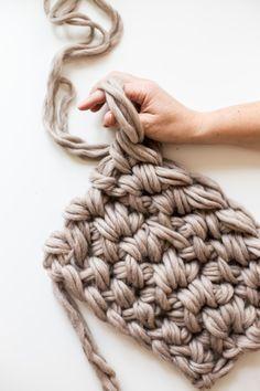 hand / arm crochet blanket pattern. So chunky!!