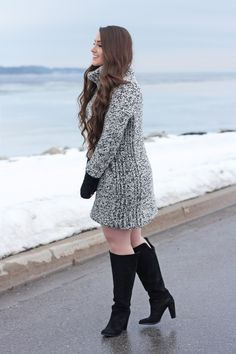 Marled Sweater, Turtleneck, Black Gloves, Black Clutch, Winter Fashion, Women's Fashion, Winter Wear, High Boots, Plus Size Fashion