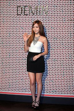 Girls' Generation's Jessica looks stunning at the 'Demin' 2012 F/W collection event