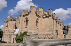 Catedral Basílica de Santa Teresa en Alba de Tormes. Puedes conocer más de esta #Catedral en http://destinocastillayleon.es/index/12-catedrales-por-conocer-en-castilla-y-leon/