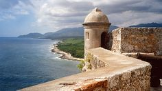 Castillo de San Pedro de la Roca del Morro, Santiago de Cuba https://cubaholidays.co.uk/attractions/113023/castillo-de-san-pedro-de-la-roca-del-morro Some 16 kilometres south of central Santiago sits the Castillo de San Pedro de la Roca, often called el Morro but not to be confused with the similarly-nicknamed fort in Havana. The structure is now home to a fine museum, but it's even more widely recognized for its ambitious design, its striking placement bordering sheer cliffs, and the…