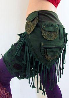 Borla verde falda de cinturón lado por CreatureCreationsGB en Etsy